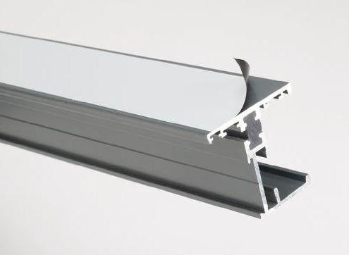 Folia ochronna na profile PVC  Zabezpieczenie profili, drzwi i okien