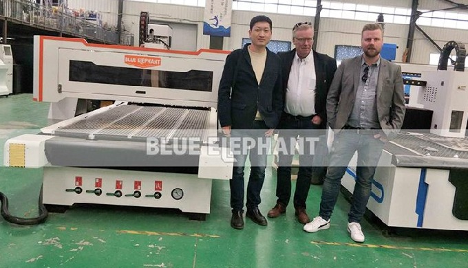 Customers from Sweden come to visit our factory, purchased our ATC machine and CNC oscillating knife cutting machine