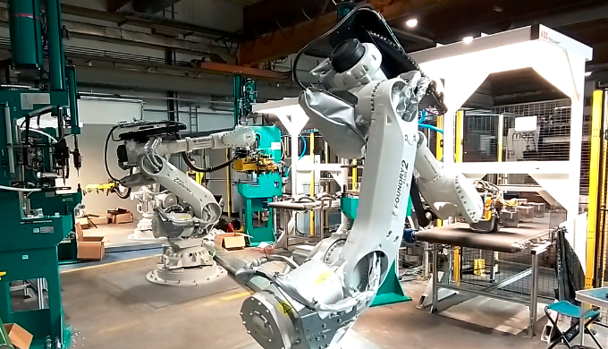 Automatic production with ABB FlexLoader? conveyors ans vision system