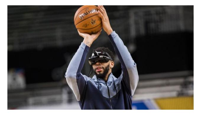 Сыграть против Леброна. Как новые технологии используют в баскетболе