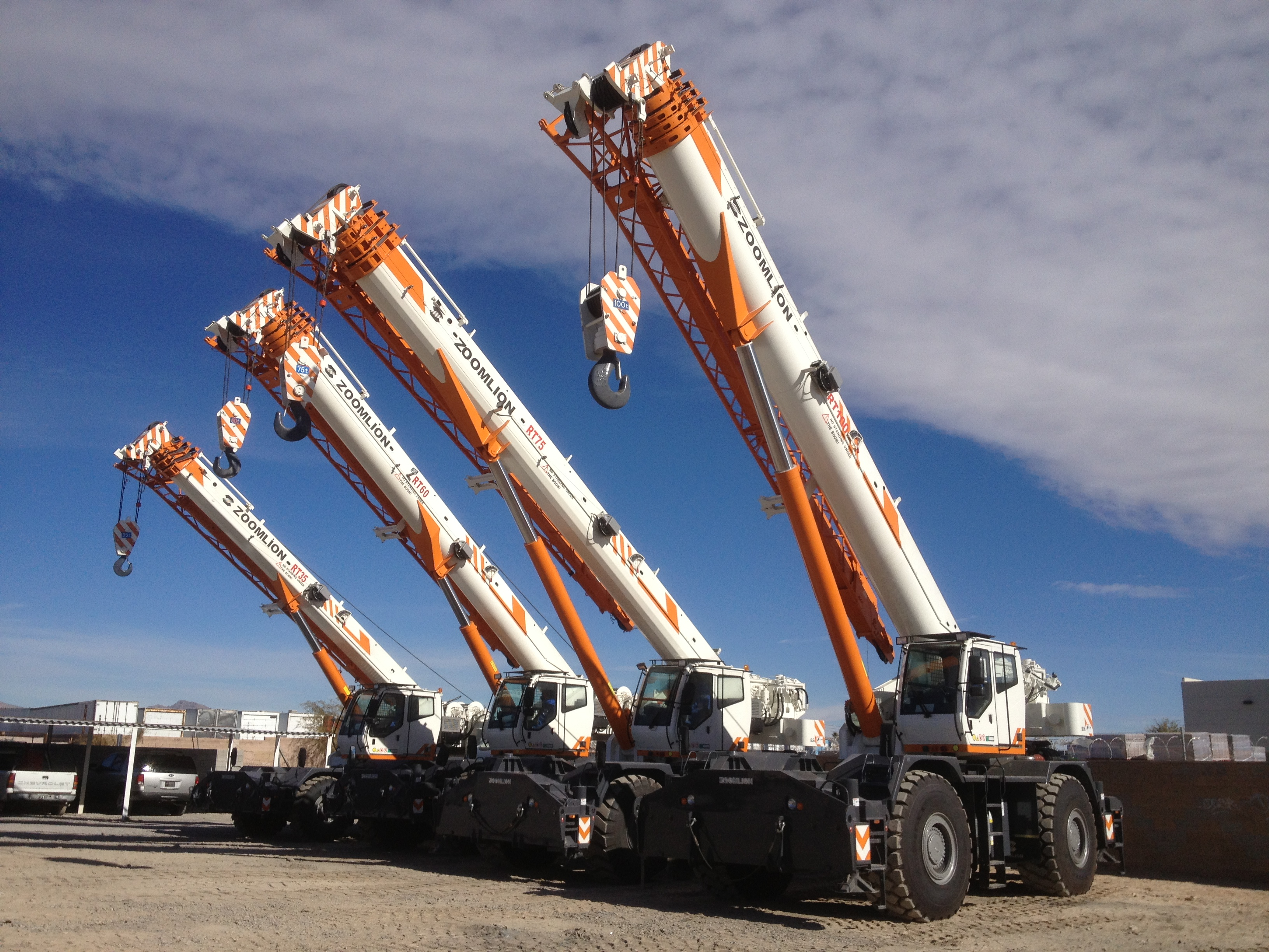Grues mobiles « Tout terrain » 4x4 GLOBAL CRANE/ZOOMLION