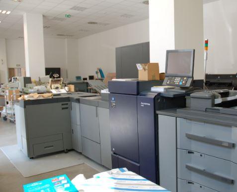 Pour toute impression : Presses, traceurs, scanneurs, atelier de laminassions sont regroupés au sein...