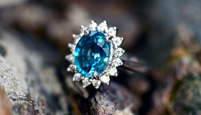 Blue Zircon ring for engagement or anniversary. Centerstone is top quality blue zircon from Thailand...