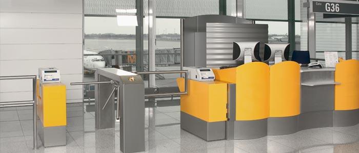 Les tripodes assurent le contrôle d'accès aux entrées de bâtiments de bureaux ou administratifs, d'i...