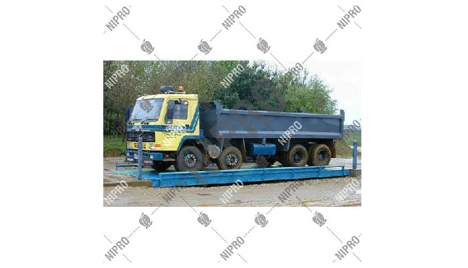 Weighing Capacity: 100 Ton Brand: Nipro Size: 9 x 3 m Material: MS & Concrete Application: Dairy Far...