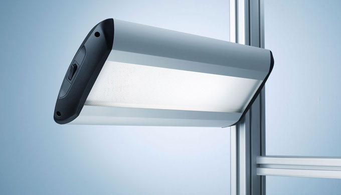 TAMETO – questo apparecchio collegato lateralmente può generare a scelta un'illuminazione completame...