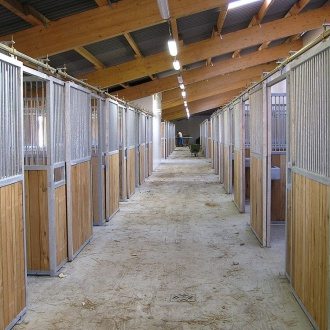 Horse stable boxes / Pferdestallboxen