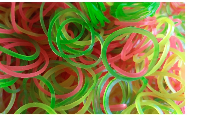 Flourescent Nylon Rubberband is available three and various types of size