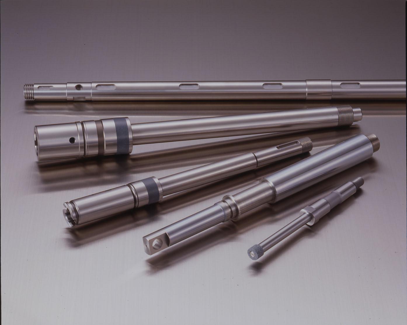 Nos différentes gammes d'axes et de douilles: DOUILLES A BILLES. Massives acier ou inox, auto-aligna...