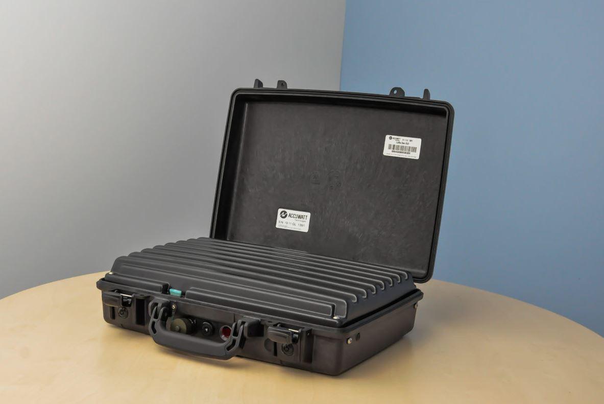 ACCUWATT Technologies vous présente la batterie lithium portable. C'est une d'énergie « FLAT » 12V o...
