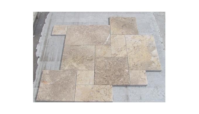 Opus Romano Pattern - Portuguese Limestone