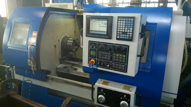 CNC obrábění, soustružení, frézování, vrtání