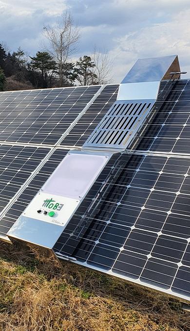 1_Solarパネルクリーニングロボット [クリードT-1000]