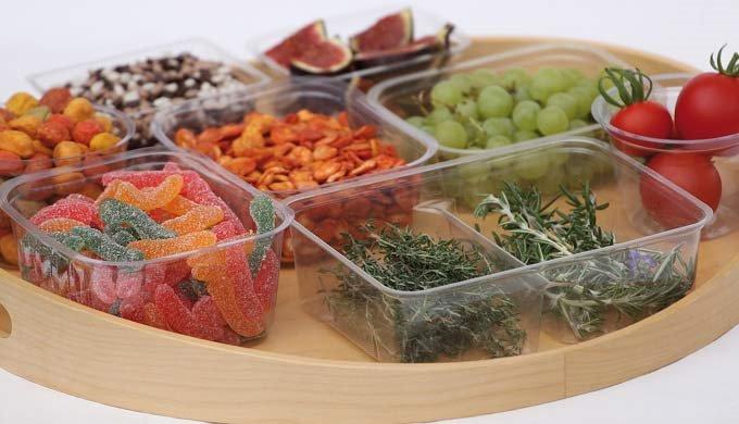 Упаковки (стаканчики, ванночки и крышки) - изготовляемые из, для здоровья безопасной, непластифициро...