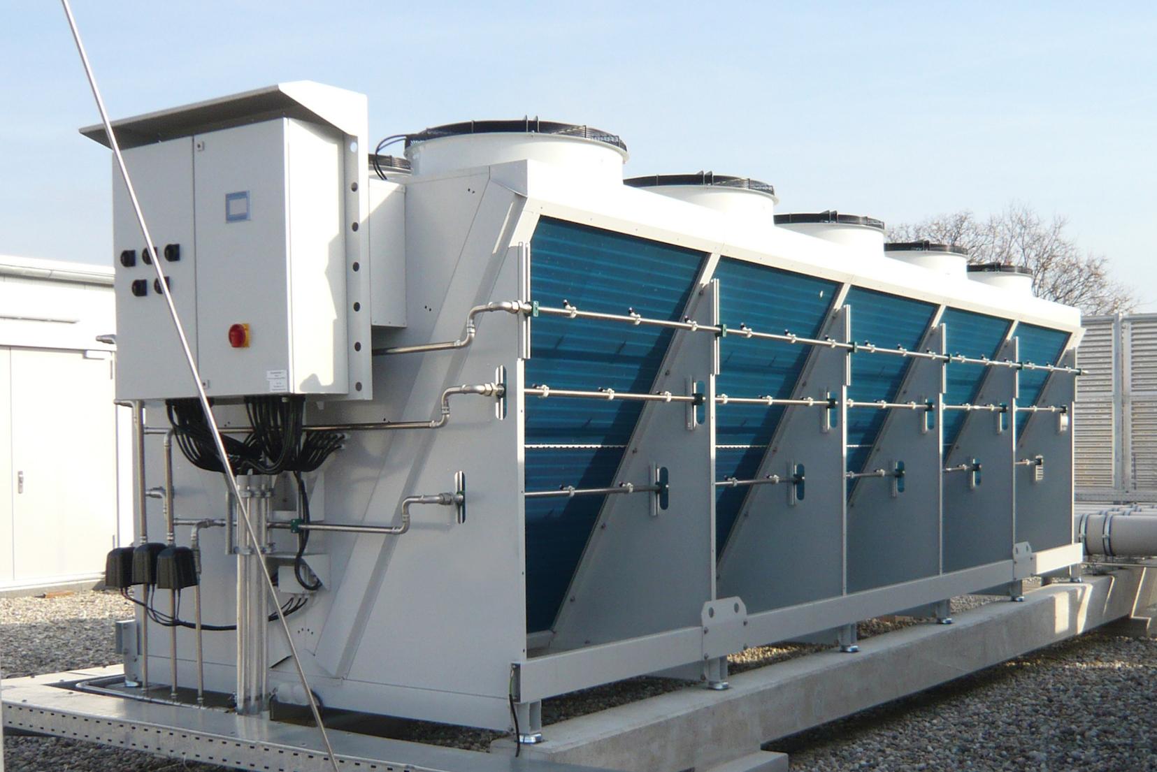 Wentylatorowe chłodnie suche, skraplacze, systemy chłodzenia adiabatycznego oraz hybrydowego