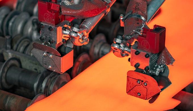 Productos varios Bilsing AUTOMATION - Ejemplo garra para Estampación en caliente
