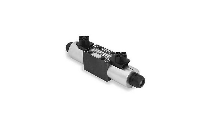 Гидрораспределитель – это устройство, которое позволяет менять направление движения гидравлической ж...