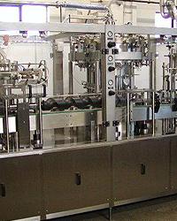 APOLLO ROT - Rotační plnicí stroj pro plnění sycených a nesycených produktů
