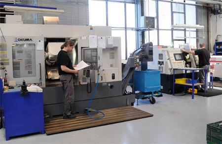 CNC obrábění, soustružení a frézování