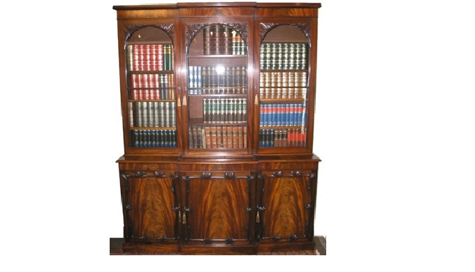 Superb, high quality early to mid 19th century Continental Flame mahogany veneered storage cabinet o...