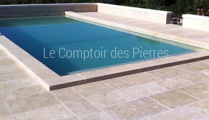 Vous souhaitez d'authentiques margelles de piscine en pierre naturelle ? Nous fabriquons nos margell...