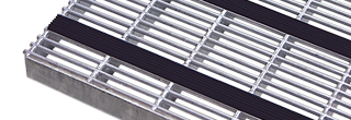 Skrapgaller i varmförzinkat stål för utvändigt bruk som tål både väder och vind. Våra galler finns i...
