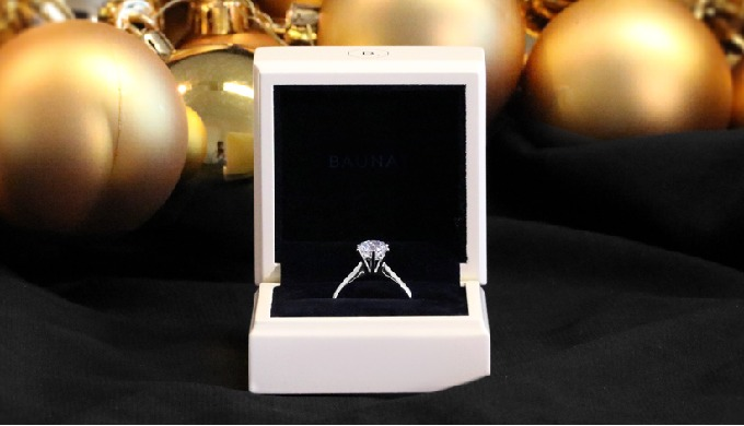 Exist in 18Kt White Gold, 18Kt Yellow Gold, 18kt Rose Gold, Platinum950 Carat weight: from 0.30ct ti...