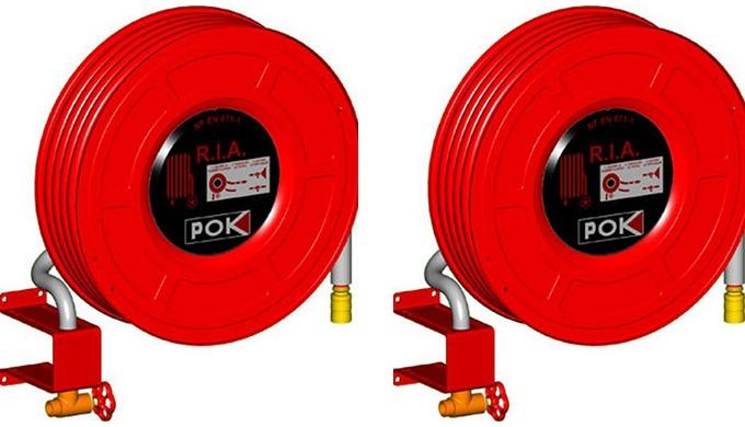 Robinet d'Incendie Armé axial et pivotant avec: - Robinet diffuseur entrée à douille annelée non dém...