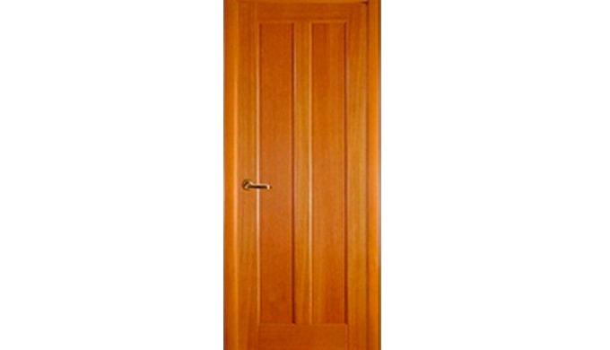 Дверные блоки из массива сосны