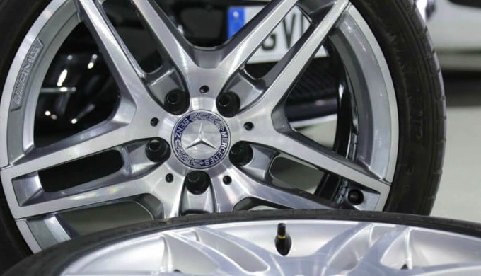 Repairing most types of alloy wheel damage: buckles, dents, scuffs and scratches.