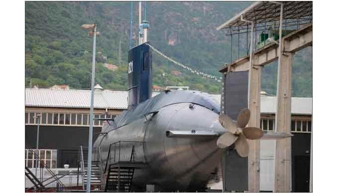 Recubrimiento anticorrosivo para componentes de submarinos