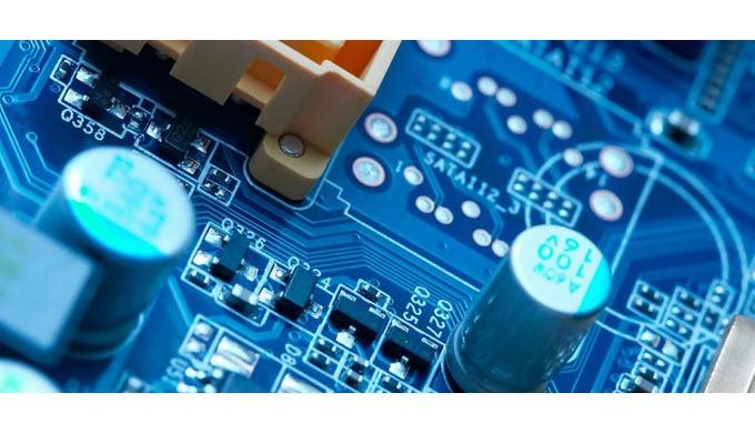Die Elektro- und Elektronikindustrie benötigt passgenaue Teile für die unterschiedlichsten Einsatzge...