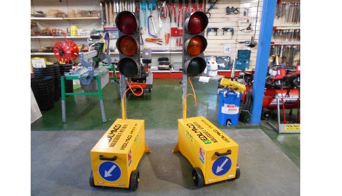 impianti semaforici per cantiere a noleggio e in vendita