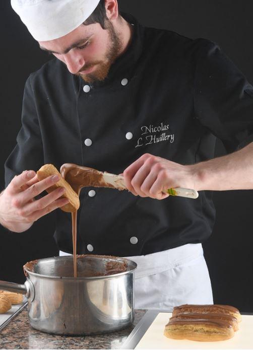 Nous vous offrons la possibilité de découvrir le goût, la gourmandise, l'amour, et surtout le métier...