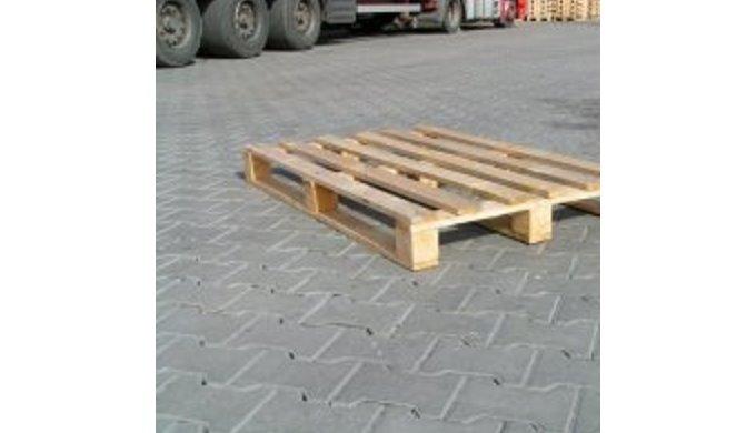 Palety, dřevěné, na jedno použití  (paleta jednorázová)