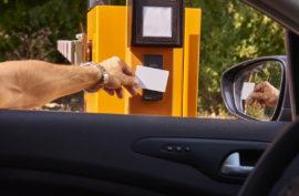SYSTÉMY PRO PARKOVIŠTĚ Parkovací systémy efektivně pomáhají řídit provoz parkoviště a zvyšují míru z...