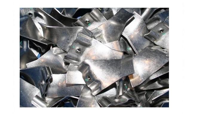 Estampage CNC sur métal