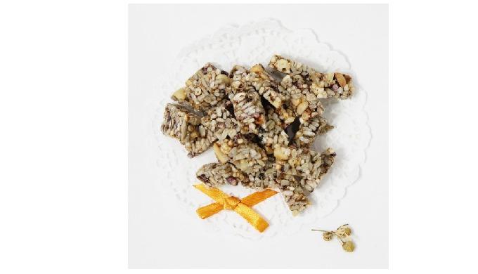 Hongcheon Pine Nuts Gangjeong | Korean snack