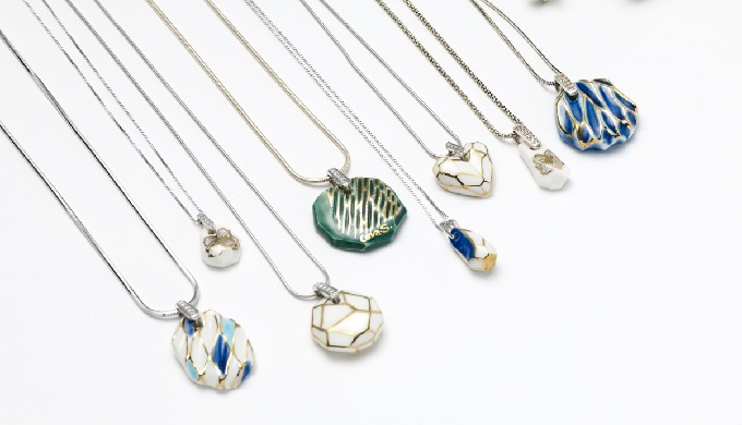 CeraSilver Ceramic Pendant│jewelry│silver│handmade
