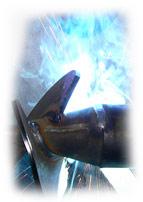 Svařování železa metoda MIG/MAG Zkratkami MIG a MAG označujeme poloautomatické svařování kovů v ochr...