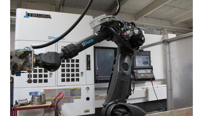Vores omfattende maskinpark til spåntagende bearbejdning omfatter bl.a. 6-akslede multitask maskiner...