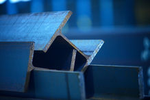 Stahl / Metalle