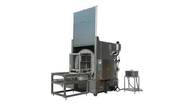 Kammerspülmaschine für Reinigungsboxen und GITTERBOXEN