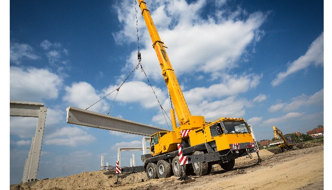Mobile Franna and Slewing cranes available for hire. Short and long term options available. Availabl...