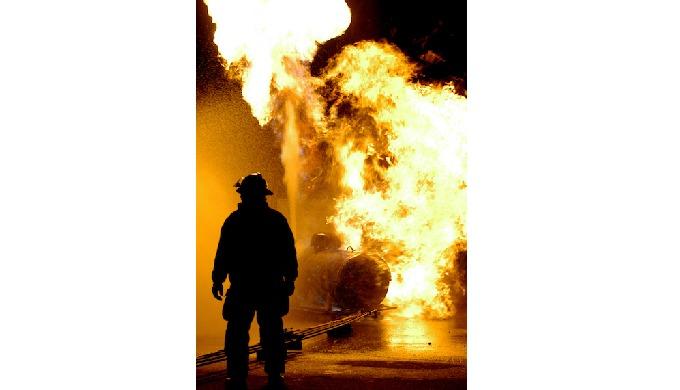 Incendie (combustion avec flamme) ou début d'incendie. LA COUVERTURE : GARANTIES DE BASE : - Dommag...