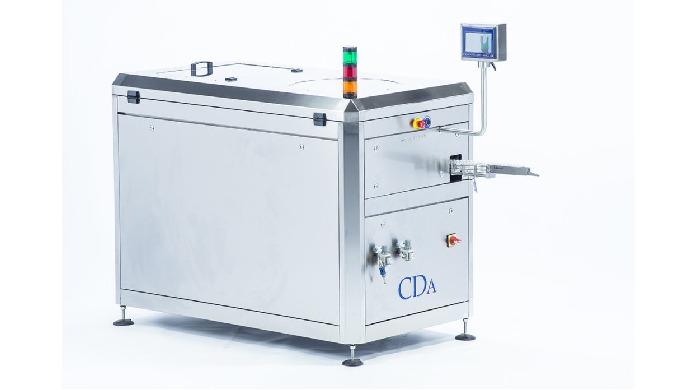 Conçu par CDA, ce redresseur automatique de flacons avec trémie permet d'optimiser vos cadences de p...