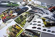 Tisk na velký sortiment papírů do formátu B1. Možnost úpravy ražbou kovovou i matovou fólií, včetně ...