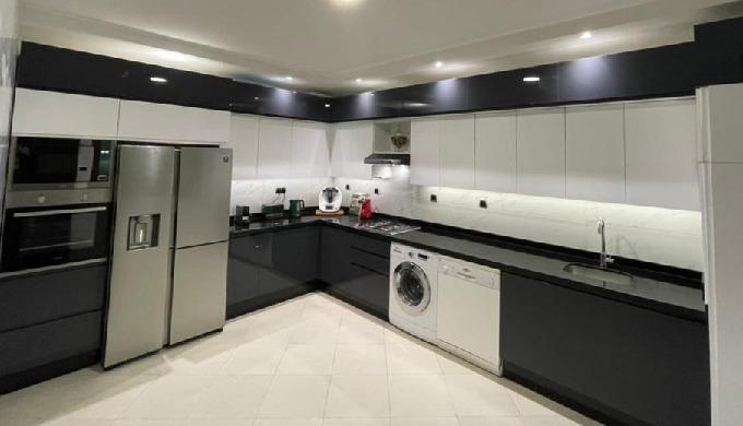 Pose de votre cuisine, dressing ou sale de bain