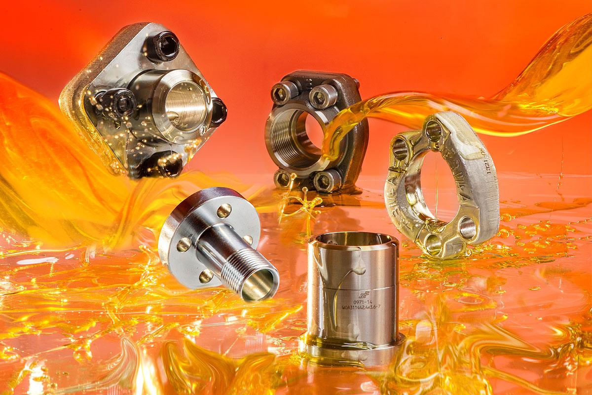 SAE - příruby z nerezavějících ocelí pro standardní(3000 PSI- 350 bar) a vysoké tlaky (6000 PSI - 40...