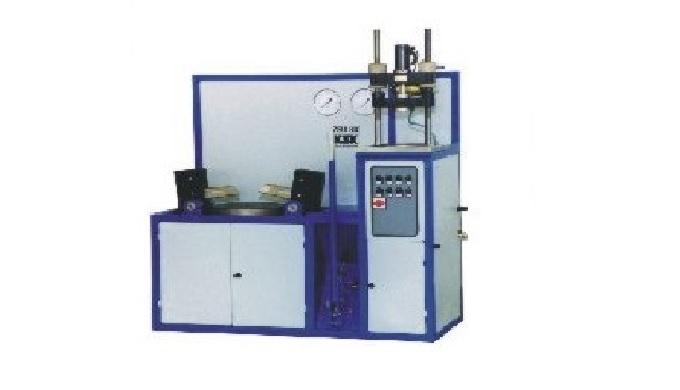 Firma KSK s.r.o. Česká Třebová vyrábí svařovací a navařovací automaty, kapalinové filtry a navařovac...